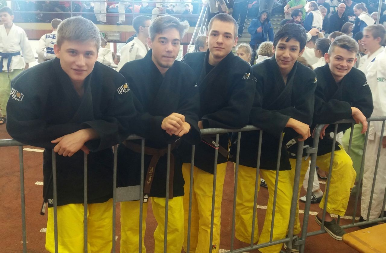 Rang 9 bei der Deutschen-Mannschaftsmeisterschaft U18